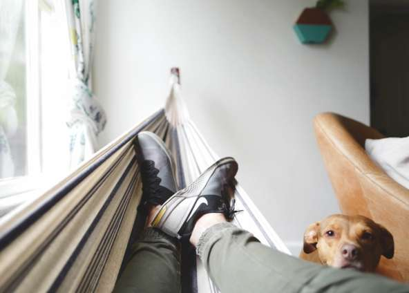 7 Tips to Let Go of Work For A Relaxing Weekend